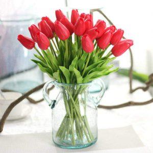 flores-plasticas-tulipanes-rojos